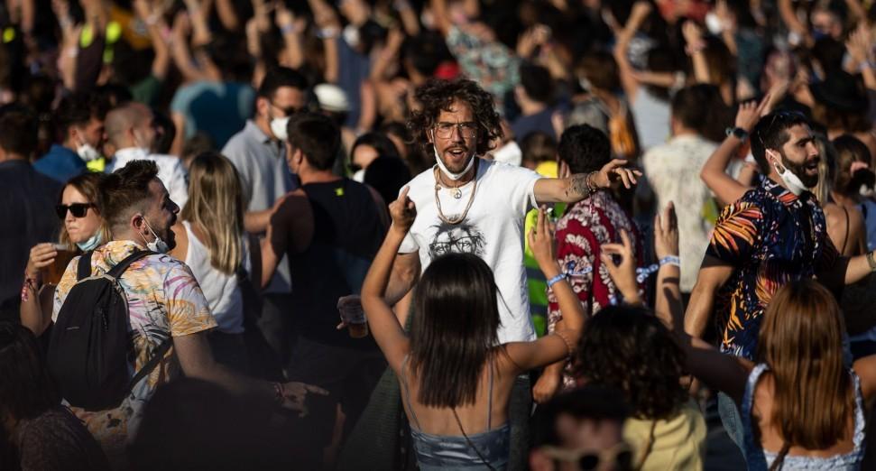 加泰罗尼亚音乐节超过2,000人新冠病毒检测呈阳性